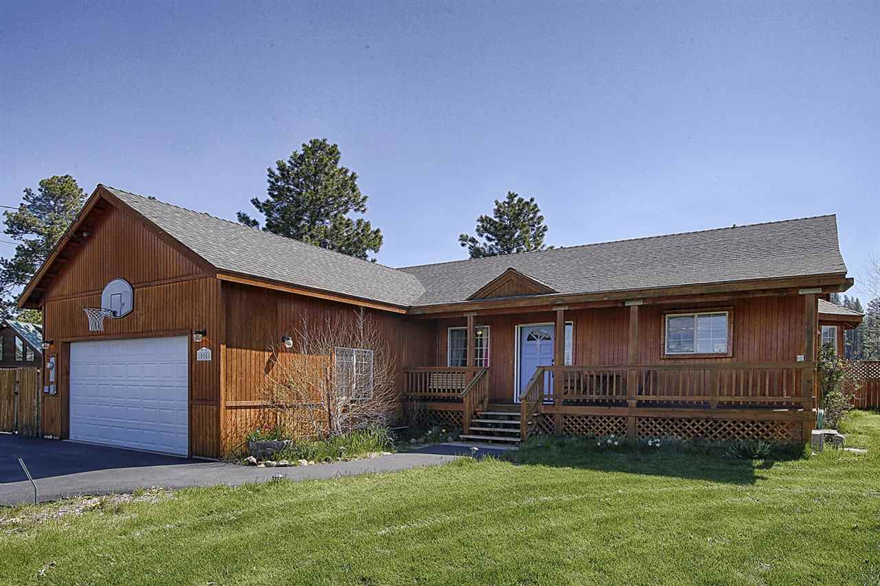 Additional photo for property listing at 10085 Wiltshire Lane  Truckee, California 96161 United States
