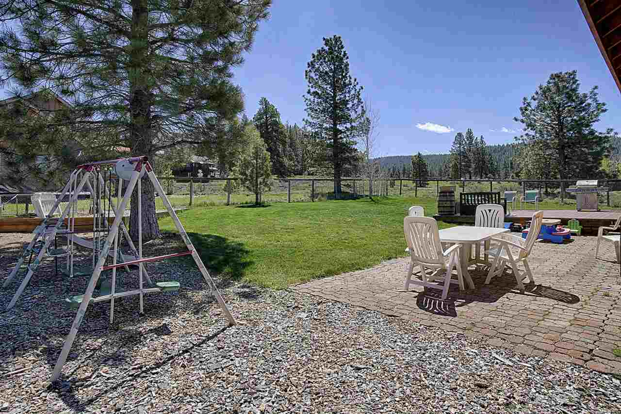 Additional photo for property listing at 10085 Wiltshire Lane  Truckee, California 96161 Estados Unidos