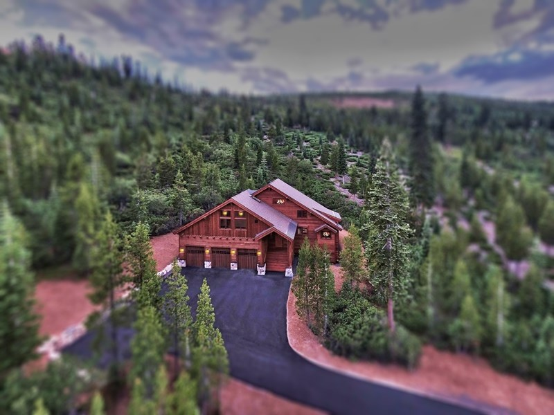 Additional photo for property listing at 15376 Skislope Way  Truckee, California 96161 United States