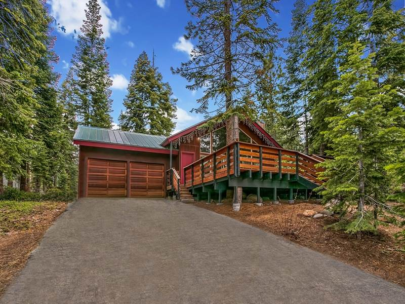 Single Family Home for Active at 4387 Beaumont Road Carnelian Bay, California 96140 United States