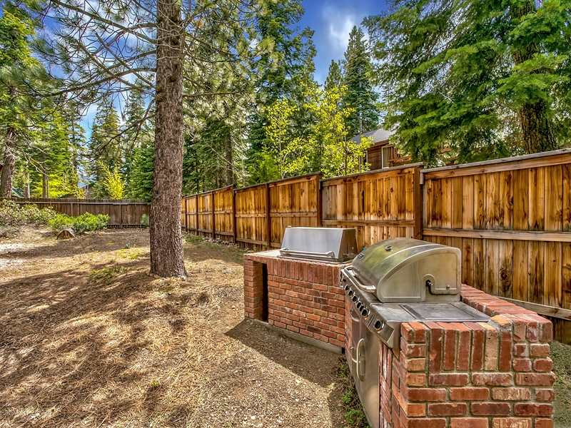 Additional photo for property listing at 4387 Beaumont Road  Carnelian Bay, California 96140 United States
