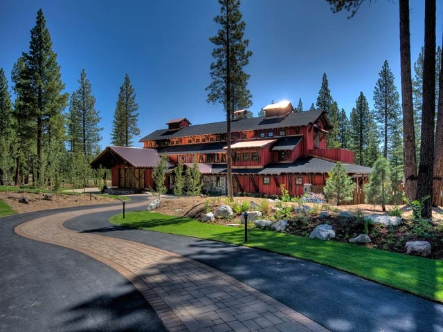 Additional photo for property listing at 8220 Ehrman Drive  Truckee, California 96161 United States
