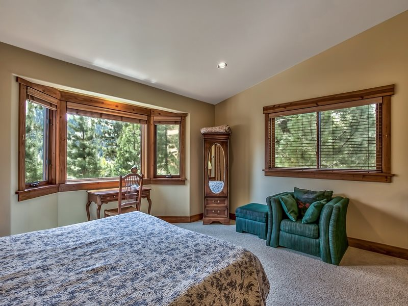 Additional photo for property listing at 1204 Lanny Lane 1204 Lanny Lane Olympic Valley, California 96146 United States