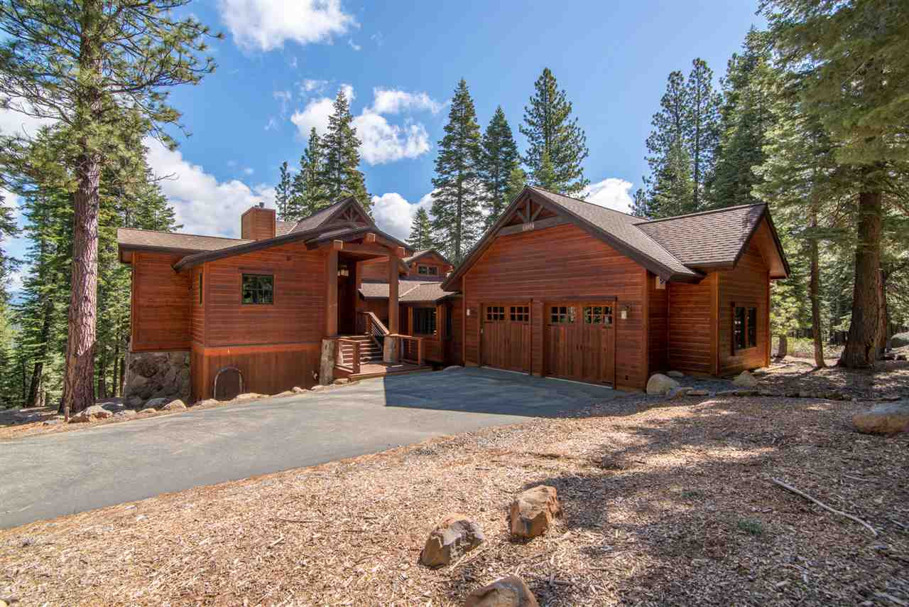 Lake tahoe homes luxury real estate in reno truckee for Luxury lake tahoe homes for sale