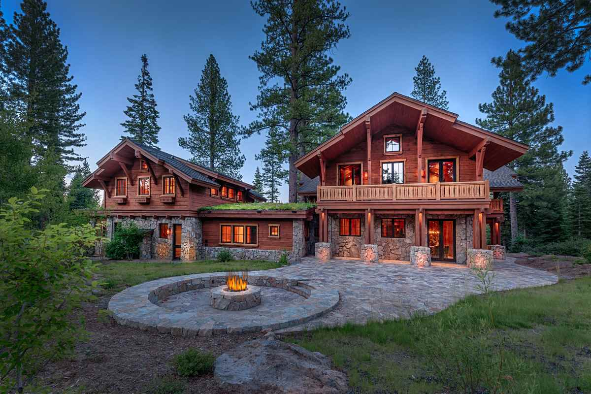 Single Family Home for Active at 8458 Valhalla Drive Truckee, California 96161 United States