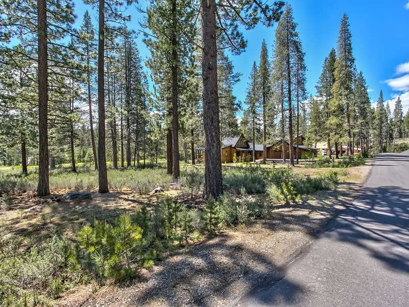 Additional photo for property listing at 11631 Ghirard Road 11631 Ghirard Road Truckee, California 96161 Estados Unidos