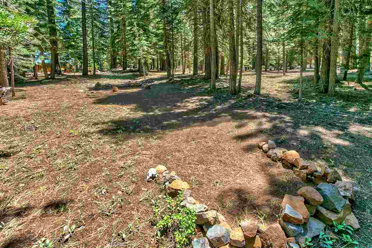 Additional photo for property listing at 13400 Heidi Way 13400 Heidi Way Truckee, California 96161 Estados Unidos