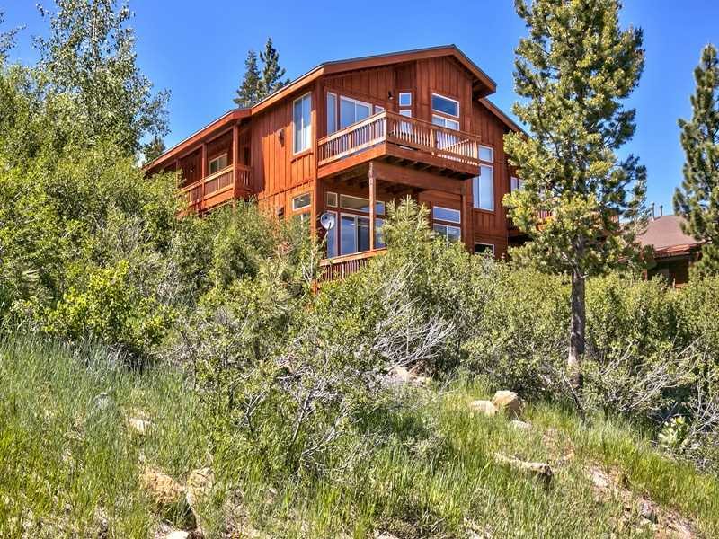 Condo / Townhouse for Active at 12465 Bear Meadows Court Truckee, California 96161 United States