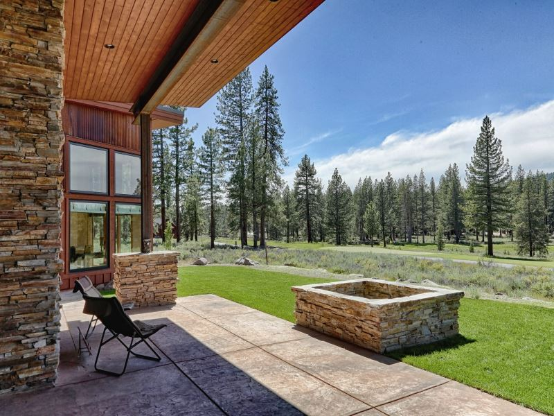 Additional photo for property listing at 11667 Henness Road  Truckee, California 96161 United States