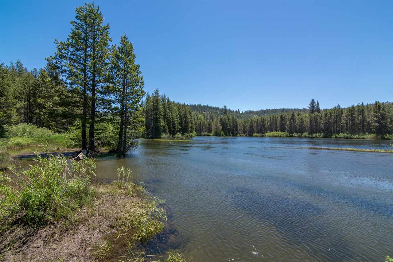 Additional photo for property listing at 50676 Conifer Drive  Soda Springs, California 95728 Estados Unidos