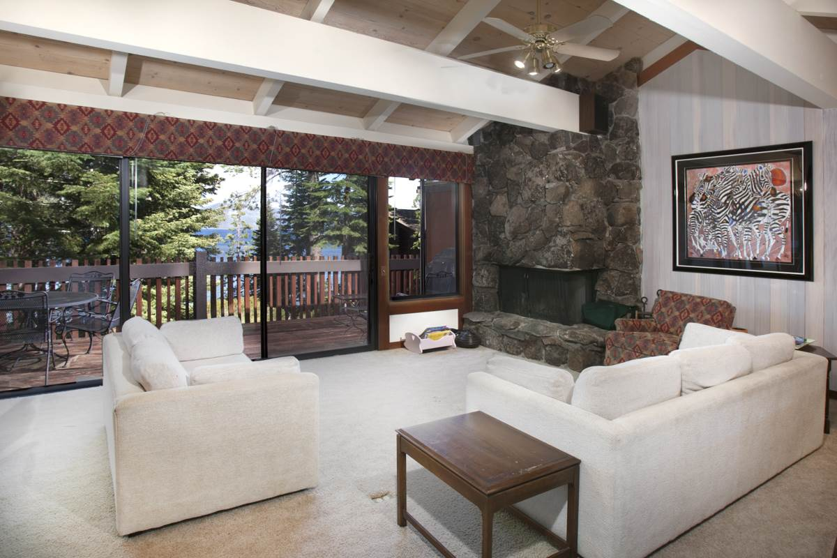 Additional photo for property listing at 3600 North Lake Boulevard 3600 North Lake Boulevard Tahoe City, California 96145 United States