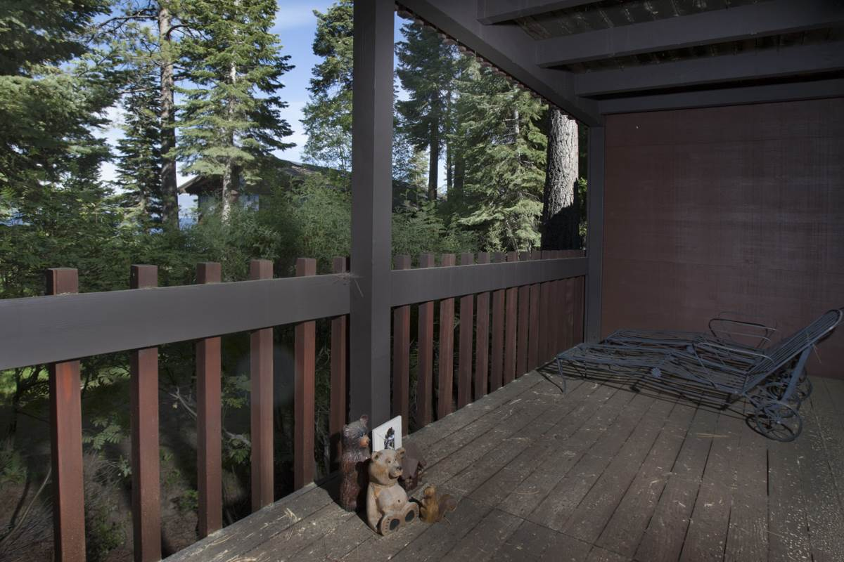Additional photo for property listing at 3600 North Lake Boulevard  Tahoe City, California 96145 Estados Unidos