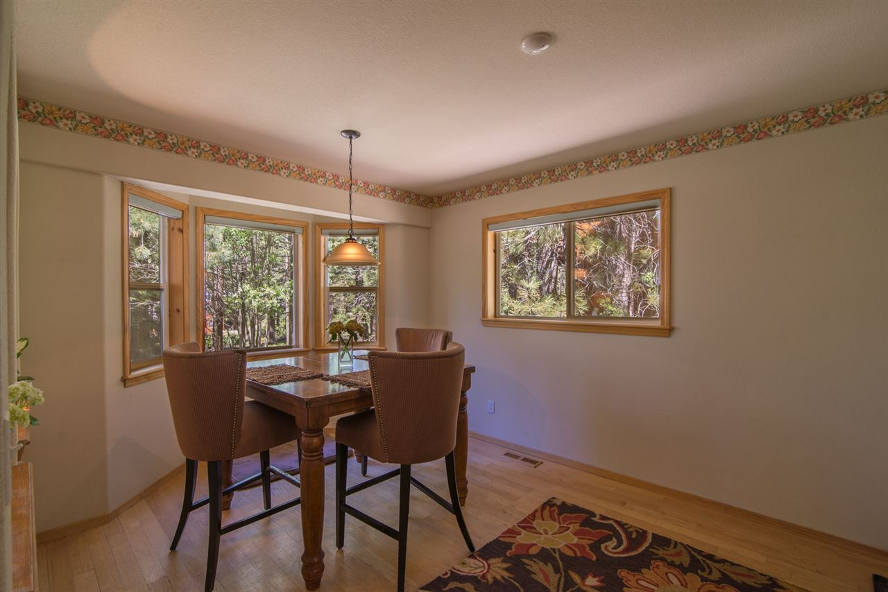 Additional photo for property listing at 15092 Wolfgang Road Truckee, California 96161 United States