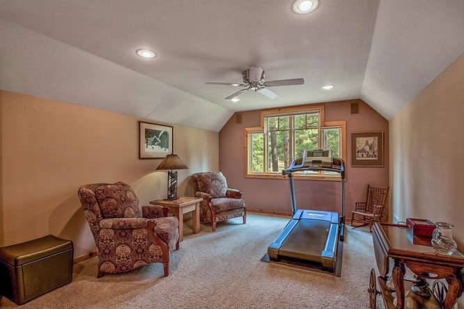 Additional photo for property listing at 1358 Valley Ranch Drive 1358 Valley Ranch Drive Clio, California 96106 Estados Unidos