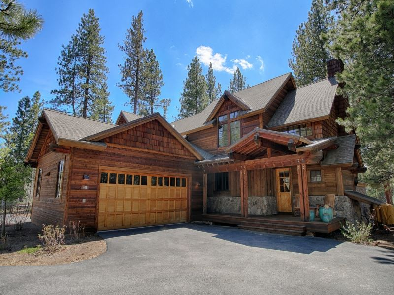 Additional photo for property listing at 13130 Fairway Drive 13130 Fairway Drive Truckee, California 96161 Estados Unidos