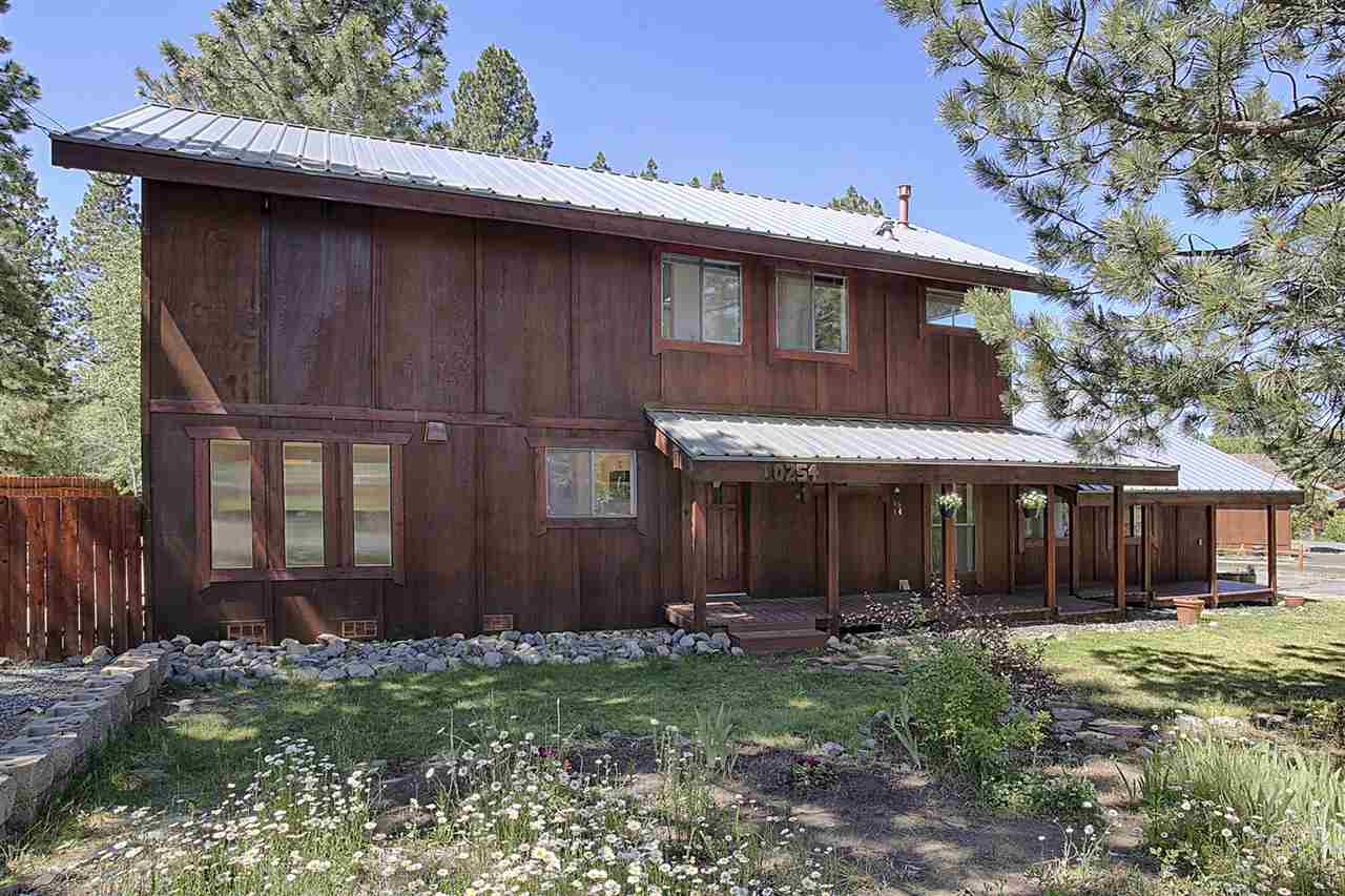 Additional photo for property listing at 10254 Worchester Circle 10254 Worchester Circle Truckee, California 96161 Estados Unidos