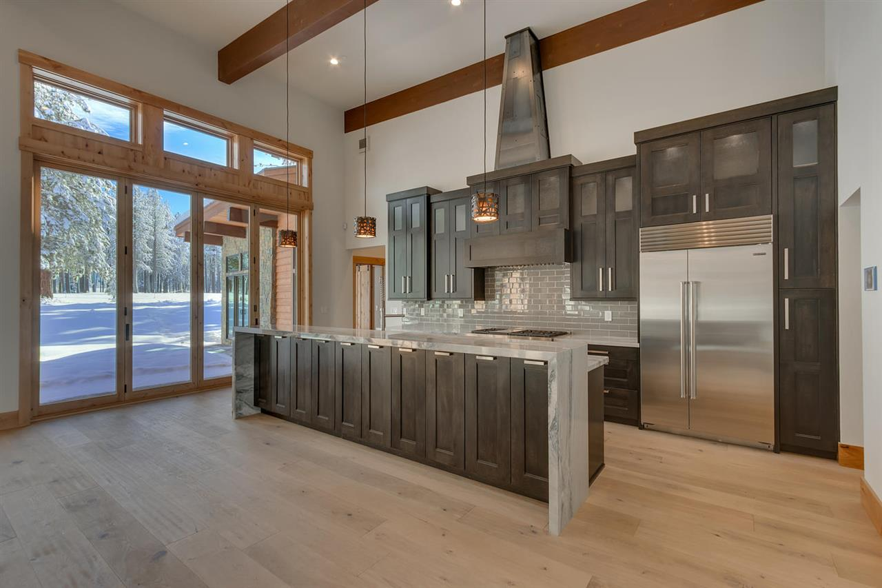 Additional photo for property listing at 11598 Henness Road  Truckee, 加利福尼亞州,96161 美國