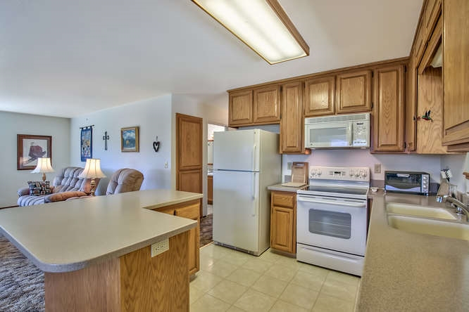 Additional photo for property listing at 3427 Chipmunk Lane 3427 Chipmunk Lane 波托拉, 加利福尼亚州 96122 美国