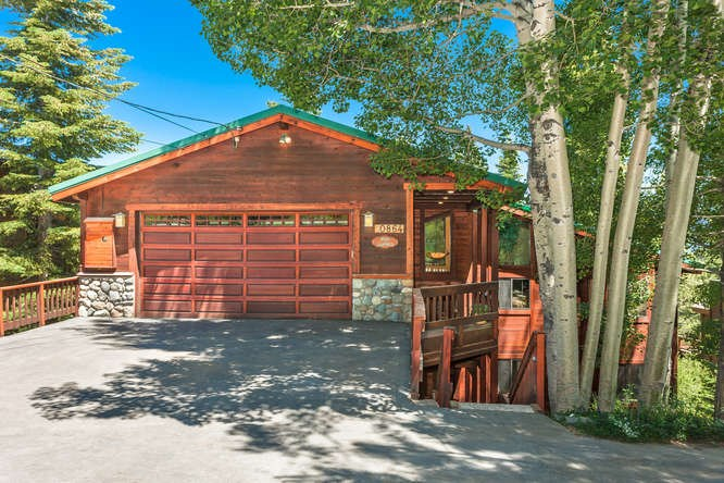 Single Family Home for Active at 10864 Mougle Lane Truckee, California 96161 United States