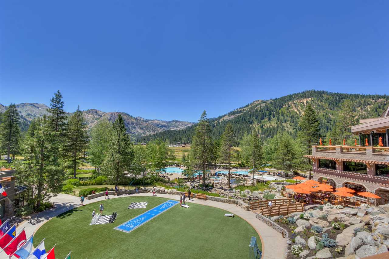 Additional photo for property listing at 400 Squaw Creek Road  Squaw Valley, California,96146 United States