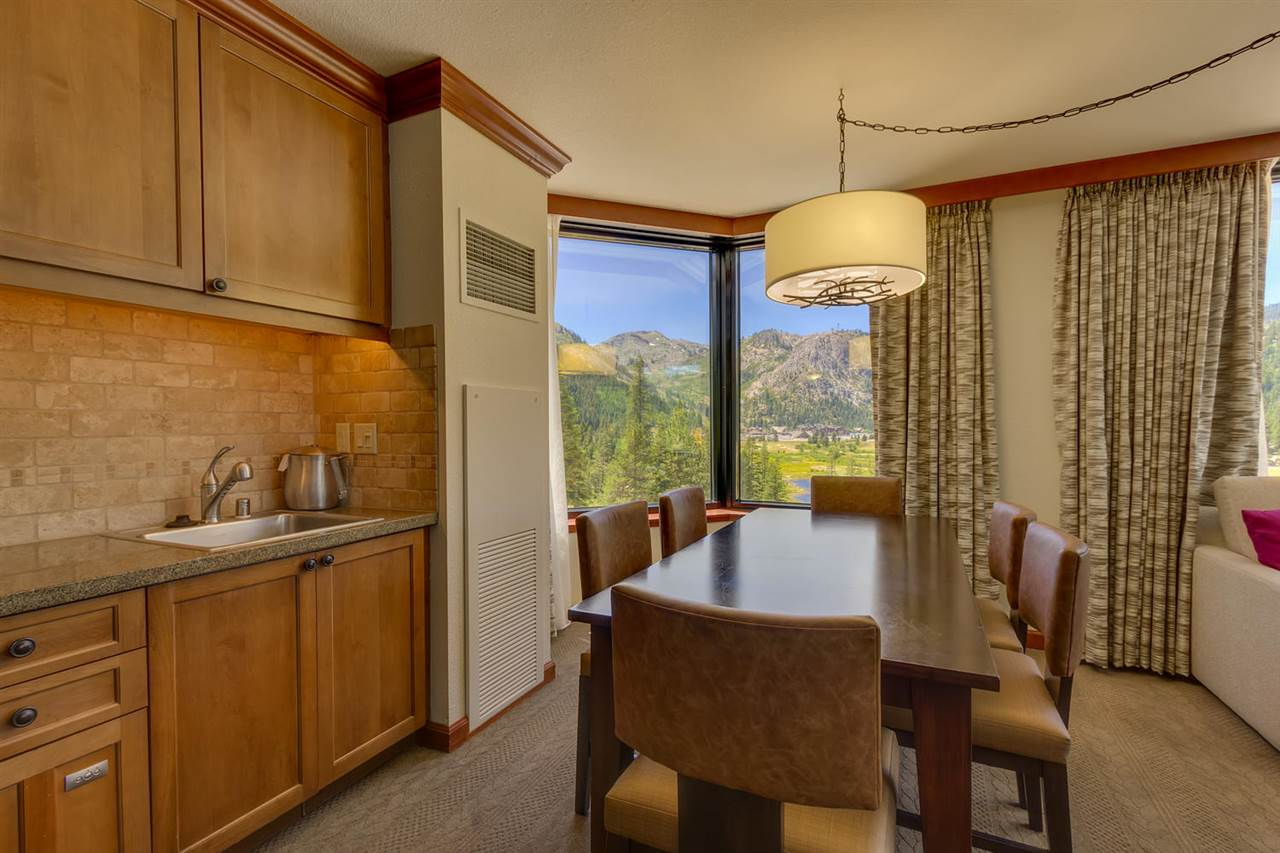 Additional photo for property listing at 400 Squaw Creek Road  Squaw Valley, Kalifornien,96146 Vereinigte Staaten