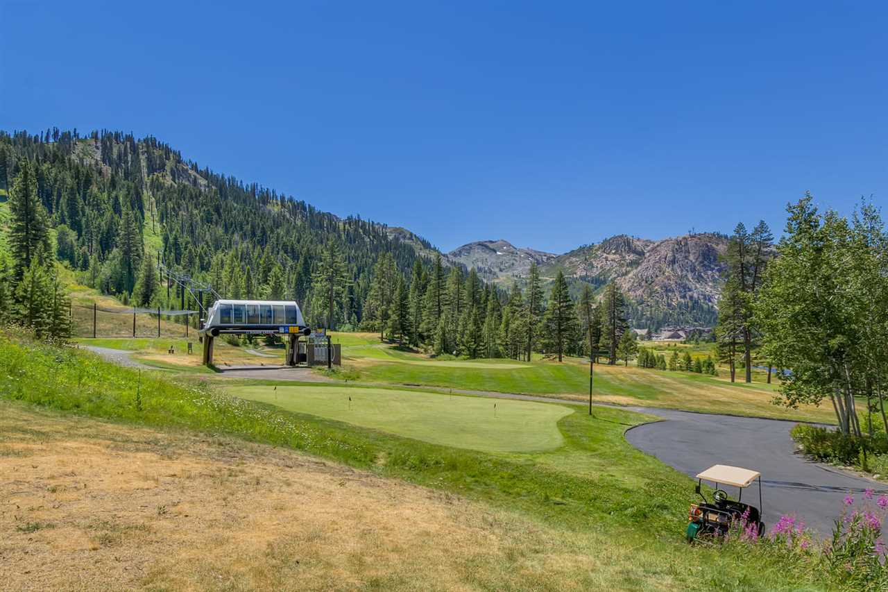 Additional photo for property listing at 400 Squaw Creek Road  Squaw Valley, California,96146 Stati Uniti