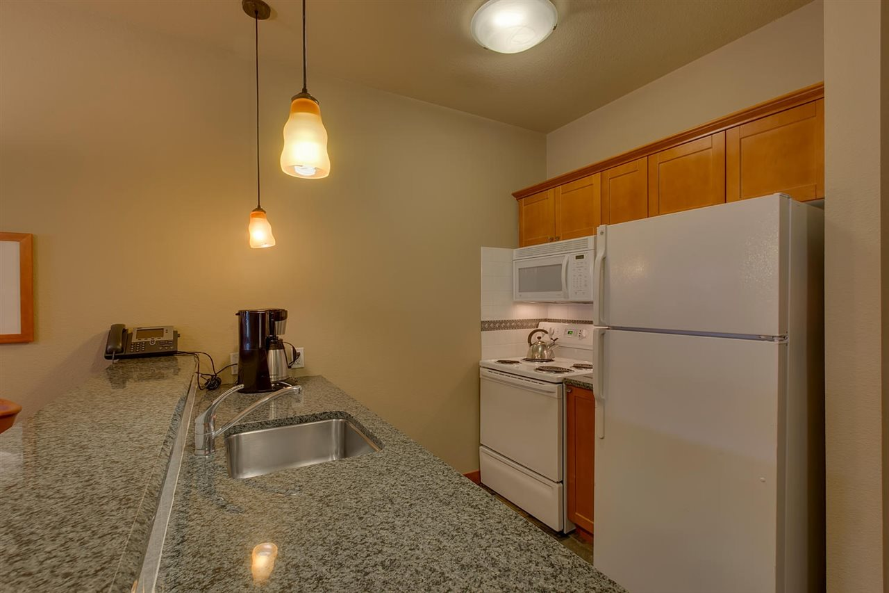 Additional photo for property listing at 1880 Village South Road  奥林匹克山, 加利福尼亚州 96146 美国