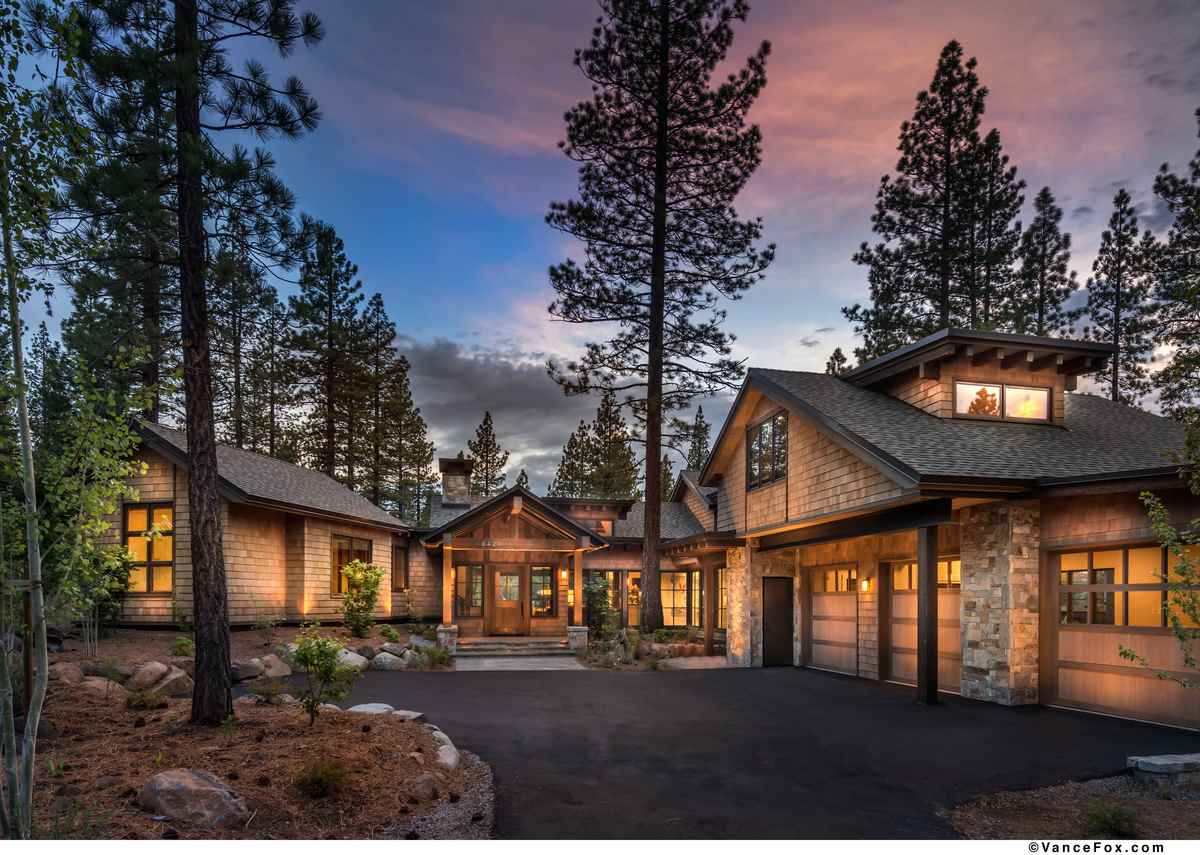Single Family Home for Active at 8427 Newhall Drive Truckee, California 96161 United States
