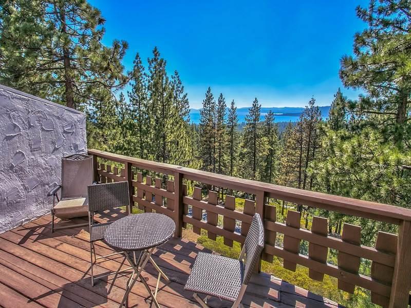 Condominio/ Casa de pueblo por un Venta en 1136 Lucerne Way Incline Village, Nevada 89451 Estados Unidos