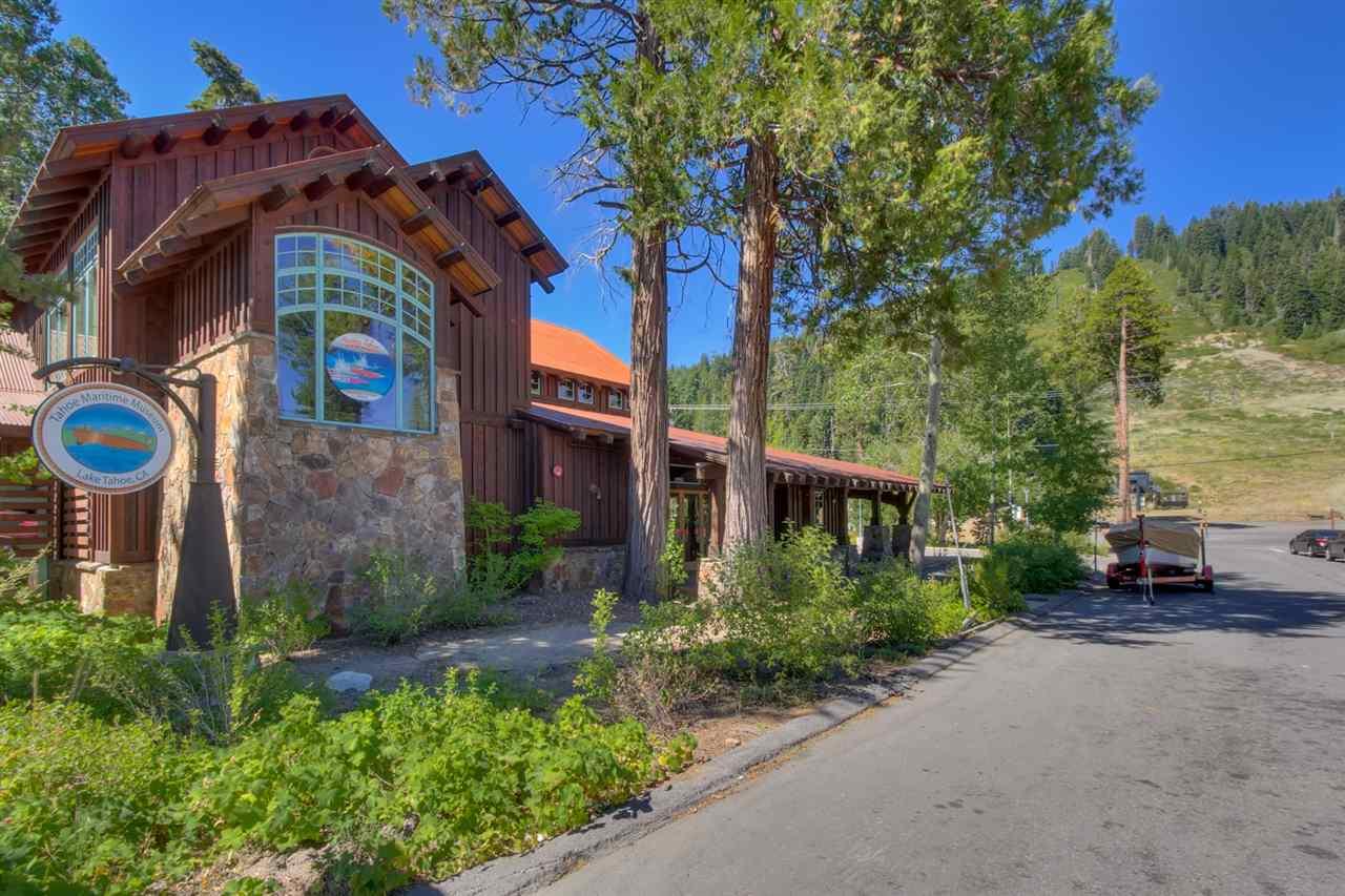 Casa Unifamiliar por un Venta en 5205 West Lake Boulevard Homewood, California 96141 Estados Unidos