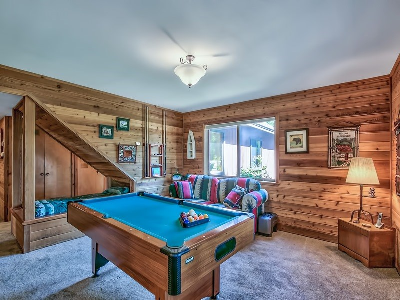 Additional photo for property listing at 1090 Canterbury Drive Kings Beach, California 96143 United States