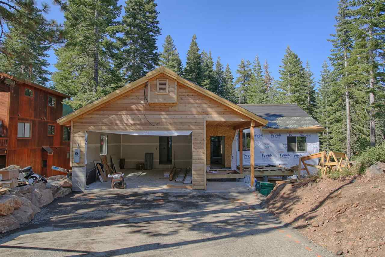 Single Family Home for Active at 13716 Heidi Way 13716 Heidi Way Truckee, California 96161 United States