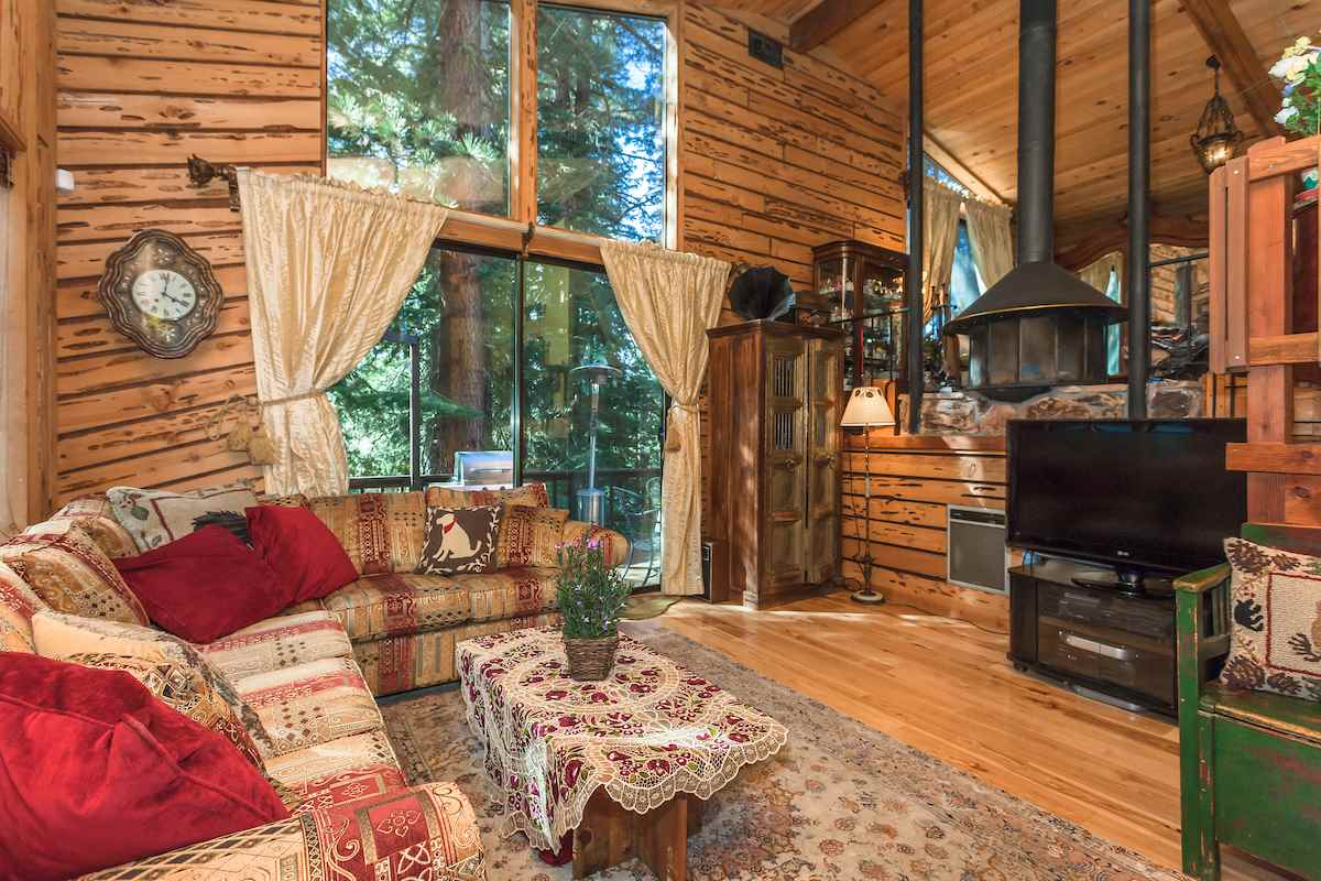 Additional photo for property listing at 14282 Herringbone Way  Truckee, California 96161 Estados Unidos