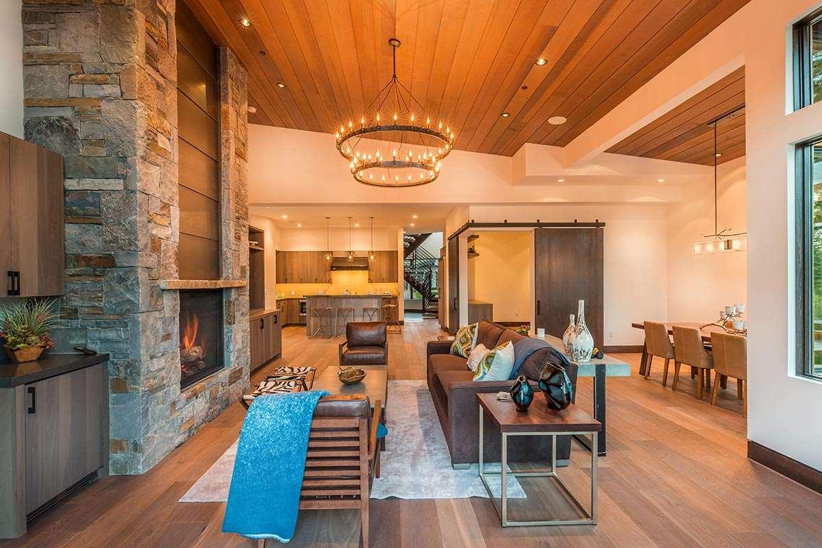 Additional photo for property listing at 8336 Thunderbird Circle 8336 Thunderbird Circle 特拉基, 加利福尼亚州 96161 美国