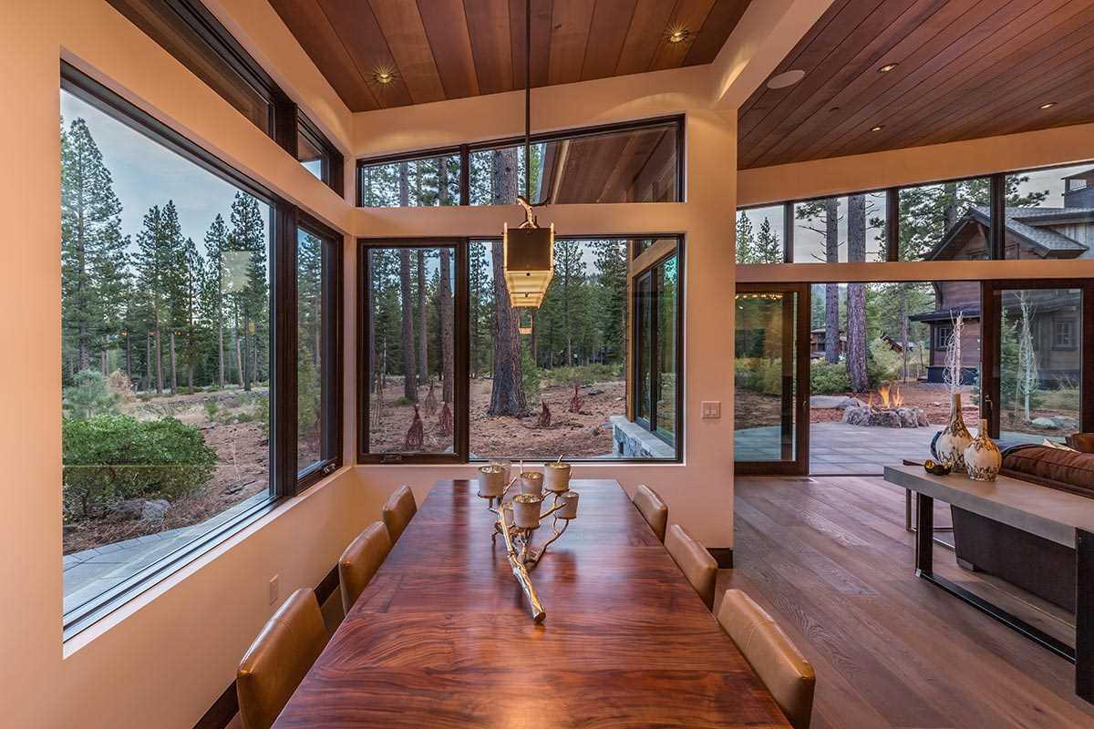 Additional photo for property listing at 8336 Thunderbird Circle 8336 Thunderbird Circle Truckee, California 96161 Estados Unidos