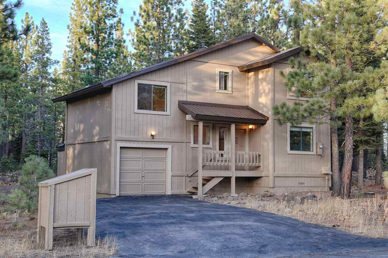 Additional photo for property listing at 12136 Muhlebach Way  Truckee, California 96161 Estados Unidos