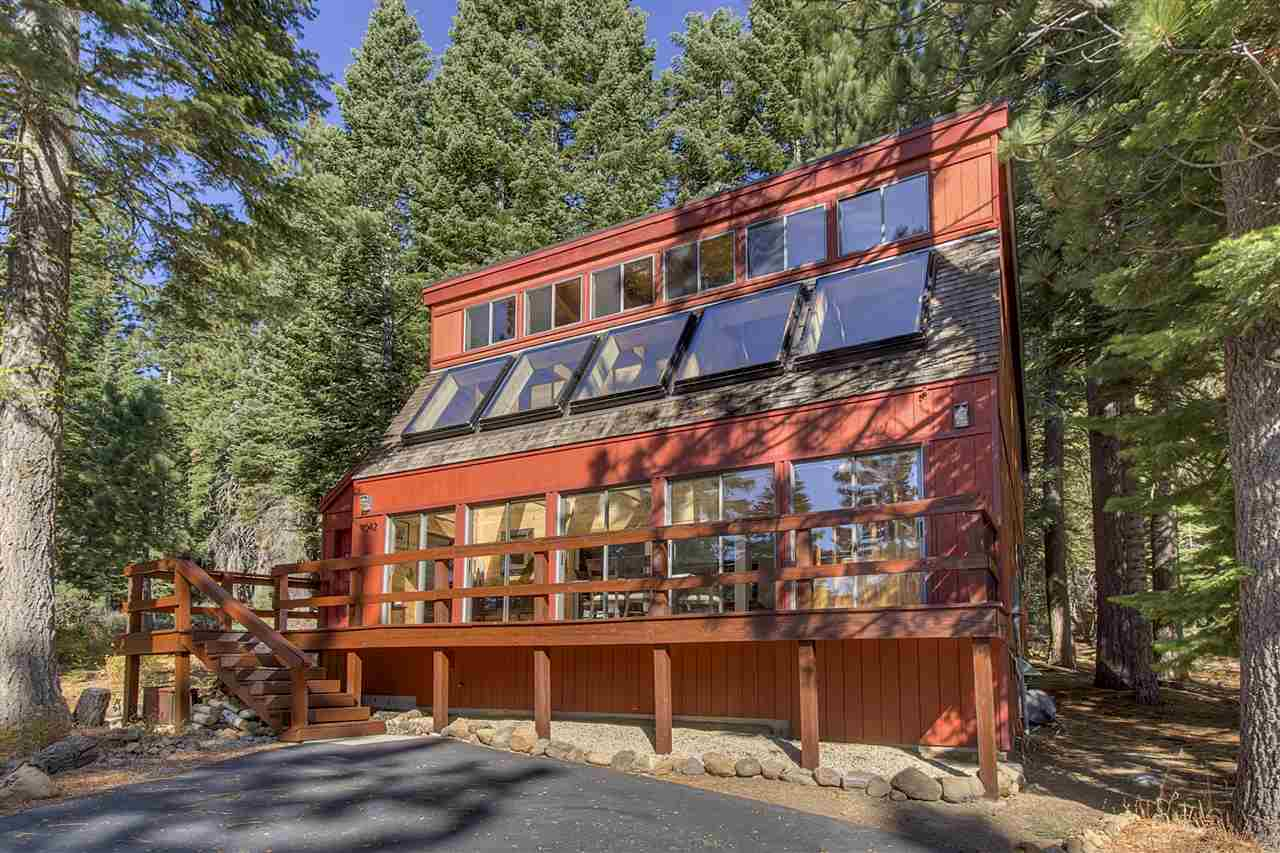 Single Family Home for Active at 4042 Zermatt Road Tahoe City, California 96145 United States