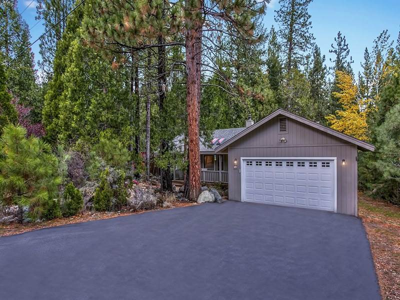 Single Family Home for Active at 58 Tolowa Trail Graeagle, California 96103 United States