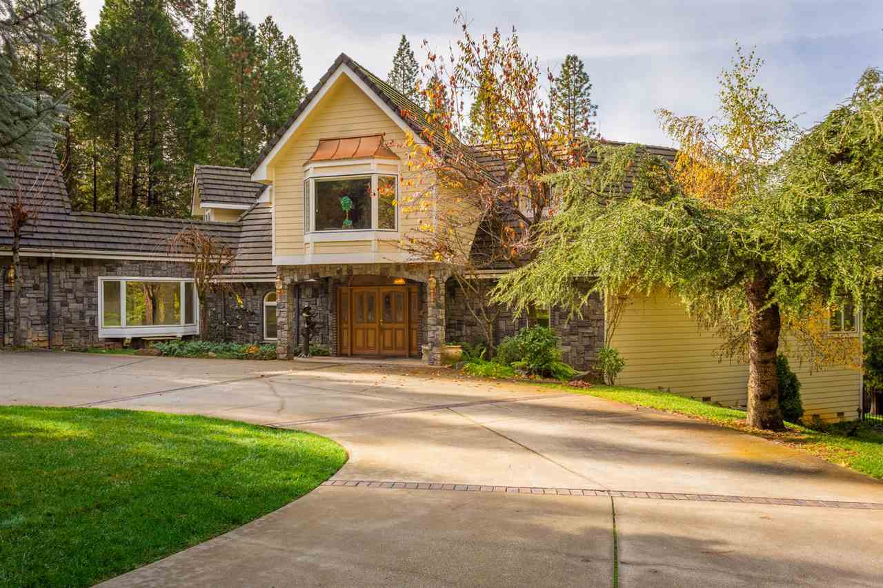 Single Family Home for Active at 12626 Baccarat Court 12626 Baccarat Court Grass Valley, California 95945 United States