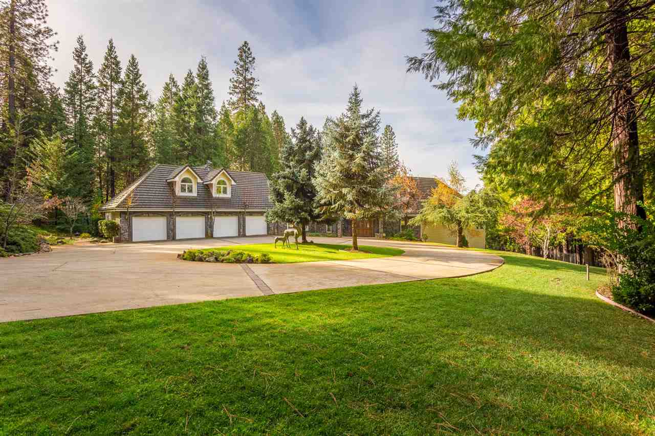 Additional photo for property listing at 12626 Baccarat Court  Grass Valley, California 95945 Estados Unidos