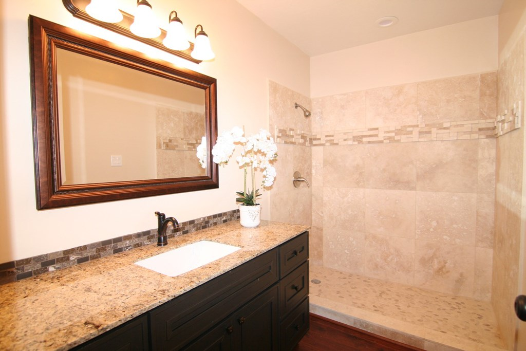 Additional photo for property listing at 321 Ski Way  Incline Village, Nevada 89451 Estados Unidos