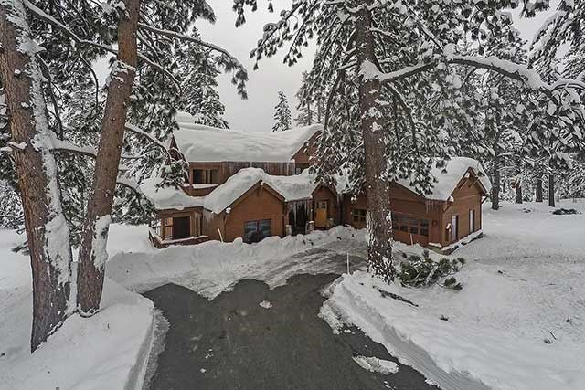 Single Family Home for Active at 11365 China Camp Road Truckee, California 96161 United States