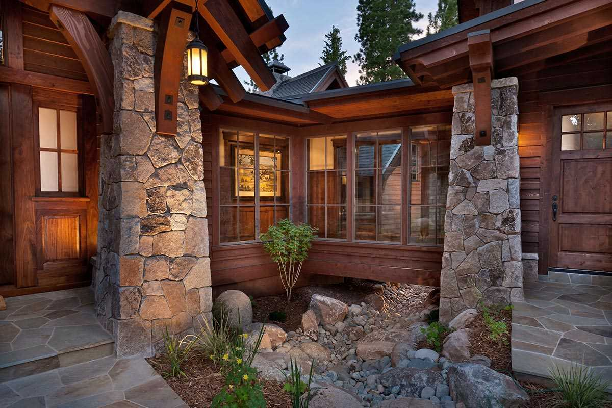Additional photo for property listing at 10897 Olana Drive  Truckee, California 96161 United States