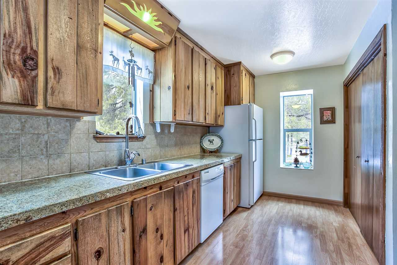 Additional photo for property listing at 11540 Deerfield Drive 11540 Deerfield Drive Truckee, California 96161 Estados Unidos