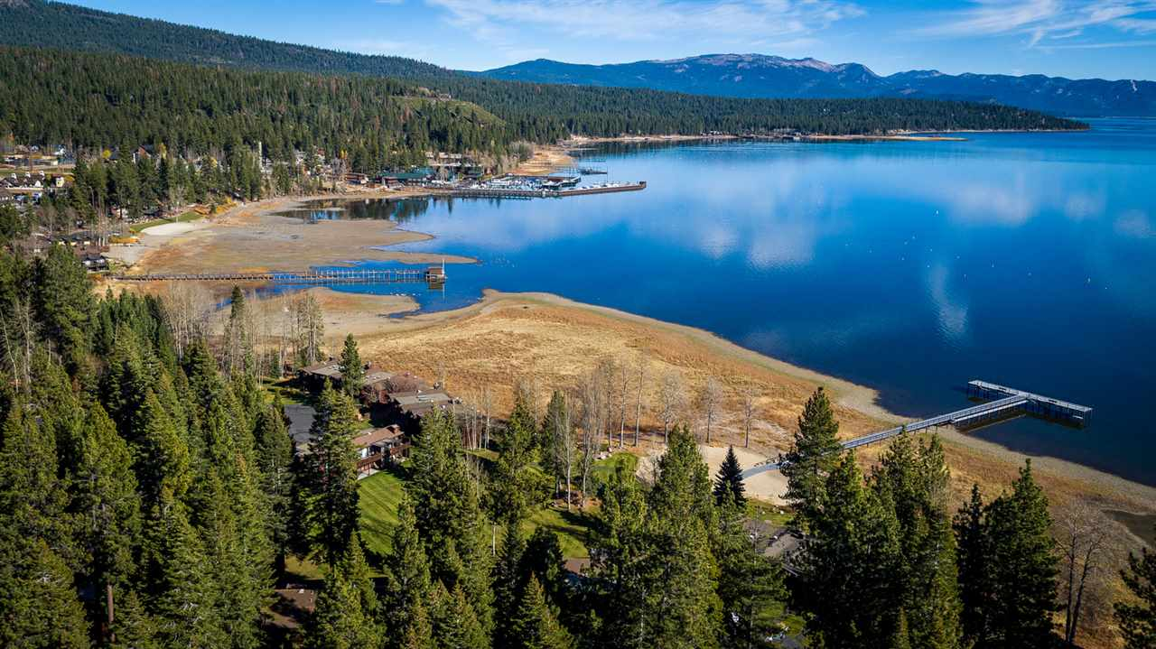 Condominio por un Venta en 180 West Lake Boulevard Tahoe City, California 96145 Estados Unidos