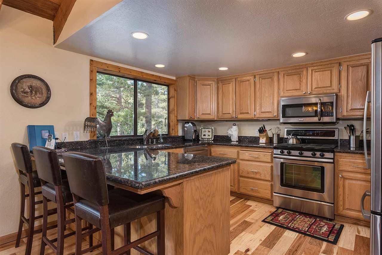 Additional photo for property listing at 1036 Martis Landing 1036 Martis Landing Truckee, California 96161 Estados Unidos