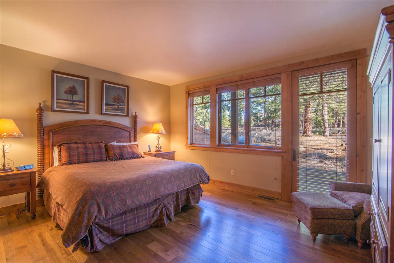 Additional photo for property listing at 13147 Fairway Drive  Truckee, California 96161 United States