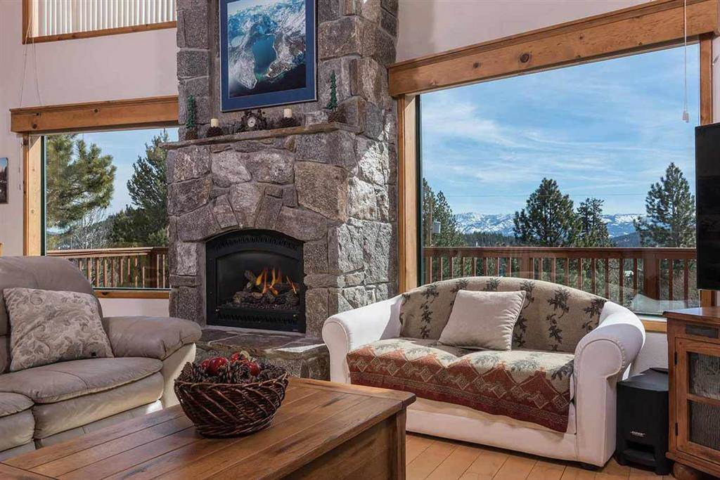 Additional photo for property listing at 13090 Stockholm Way Truckee, California 96161 United States