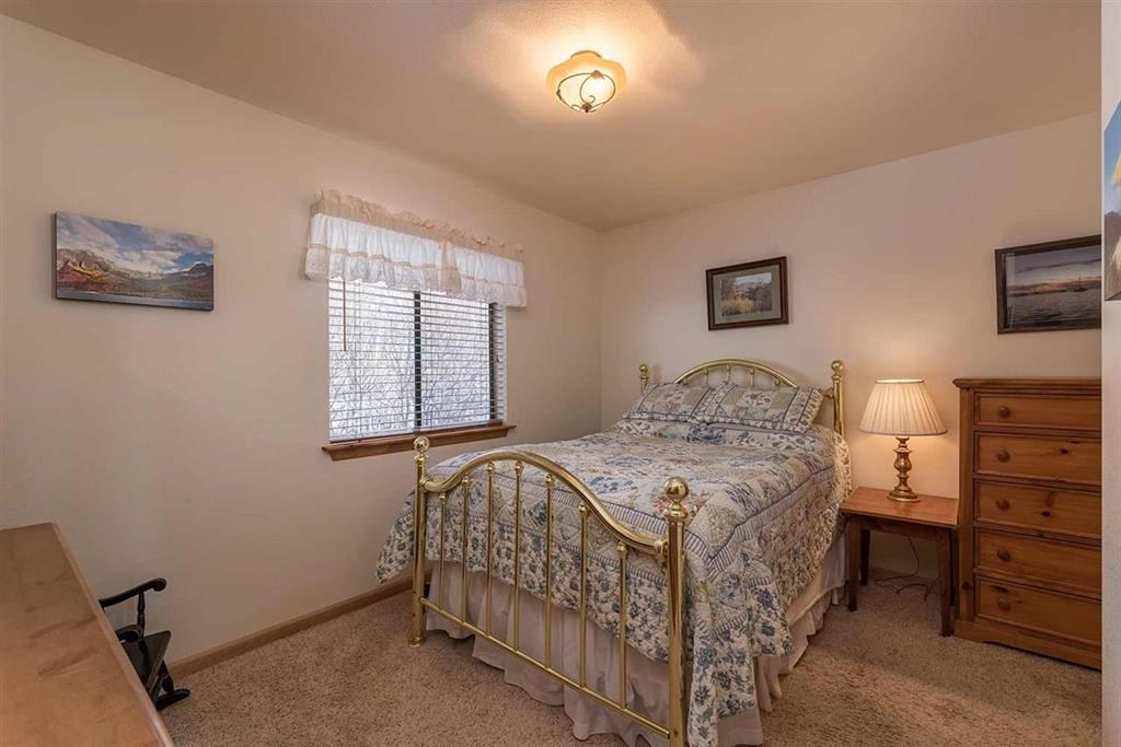 Additional photo for property listing at 13090 Stockholm Way 13090 Stockholm Way Truckee, California 96161 United States