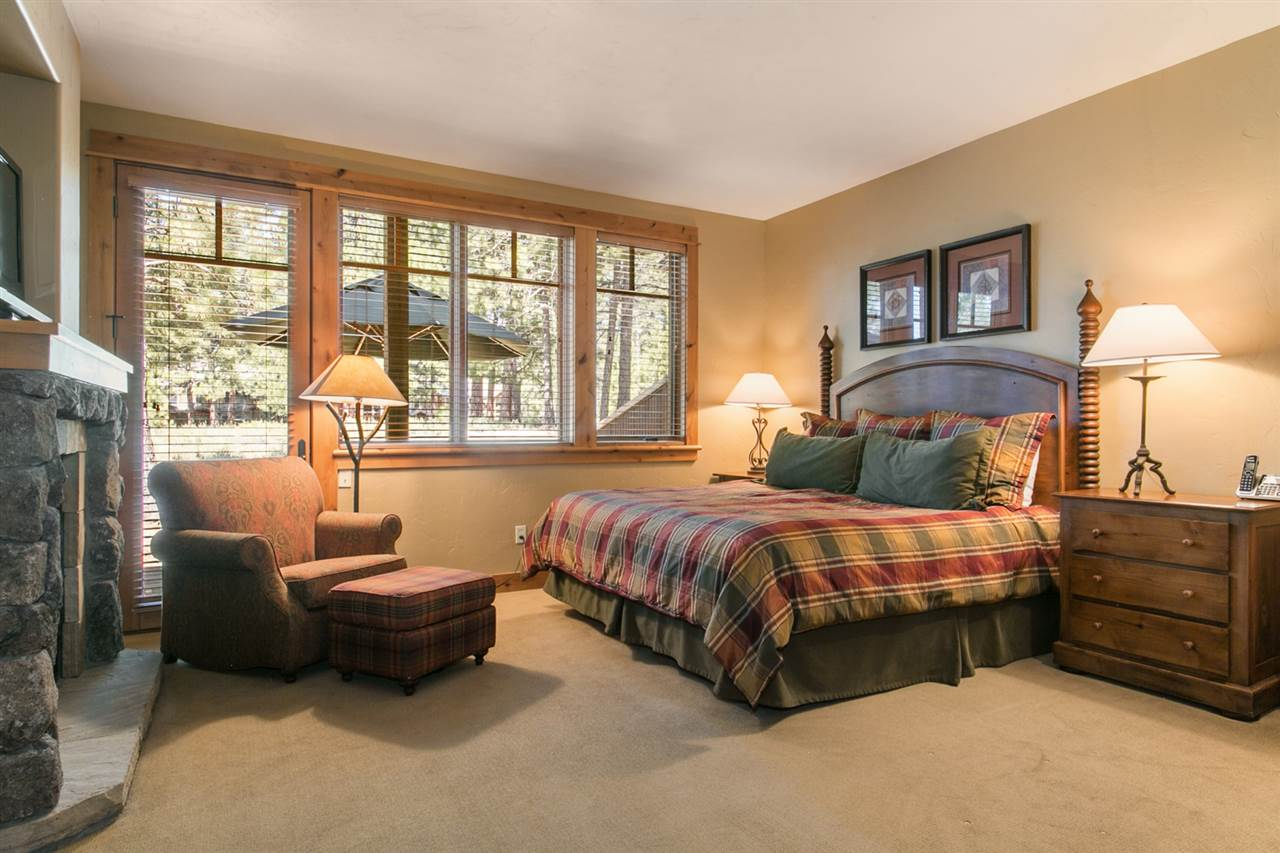 Additional photo for property listing at 12585 Legacy Court 12585 Legacy Court Truckee, California 96161 United States